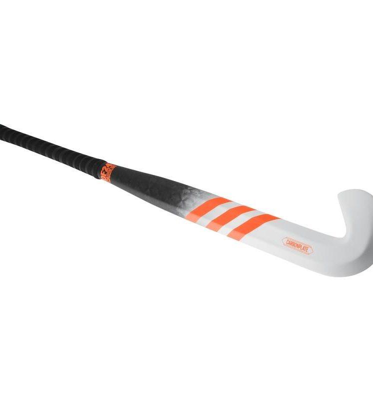 Adidas DF24 CARBON crosse de hockey. Normal price: 299.95. Our saleprice: 194.95